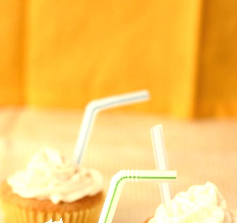 Recipe: Vanilla Root Beer Float Cupcakes