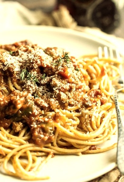 Spaghetti with Slow Cooker Meat Sauce